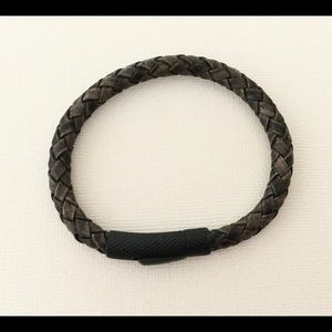 6mm Distressed Grey Bolo Leather Bracelet